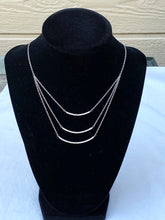 Load image into Gallery viewer, LAYERED BAR NECKLACE - SILVER