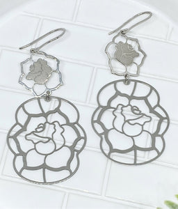 ROSE DANGLE EARRINGS - SILVER