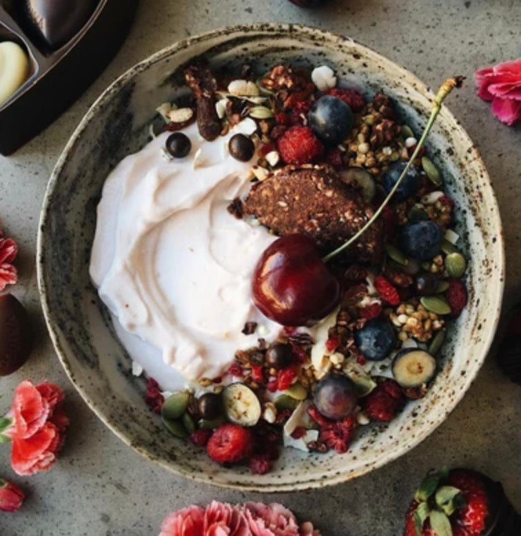 Sexy Hempnola Breaky Bowl by Laura Ford @laurafordnutrition