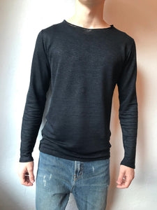 Black longsleeve hemp shirt