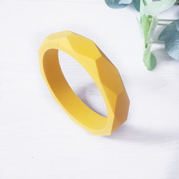 Geometric teething bangle - Mustard