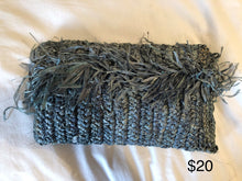 Load image into Gallery viewer, Crochet Raffia Clutch