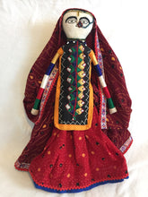 Load image into Gallery viewer, Traditional Indian Doll