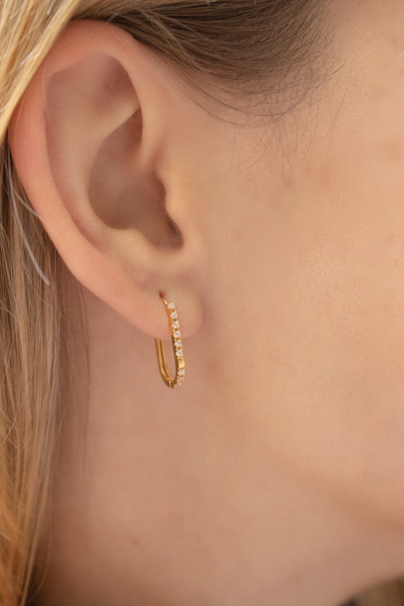 Rectangle gold hoop