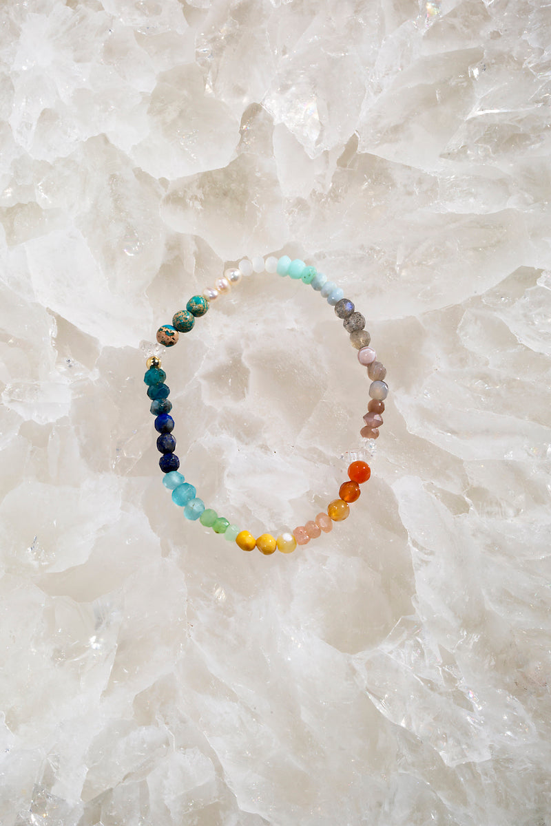 Rainbow ombre stretch bracelet