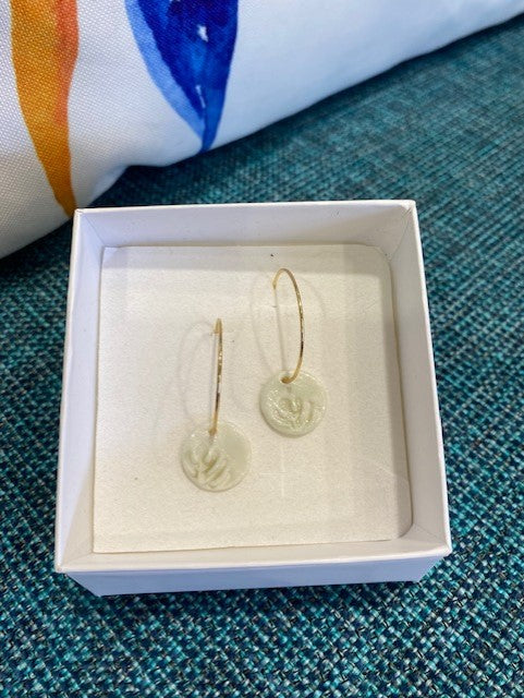 Twigg - Porcelain Handmade Earrings - Monstera Disc