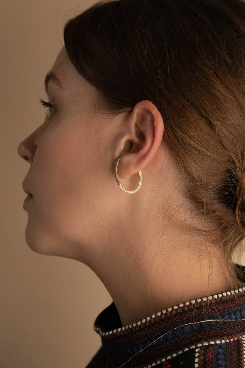 Oval Asymmetry Ear Cuff M - PRMAL