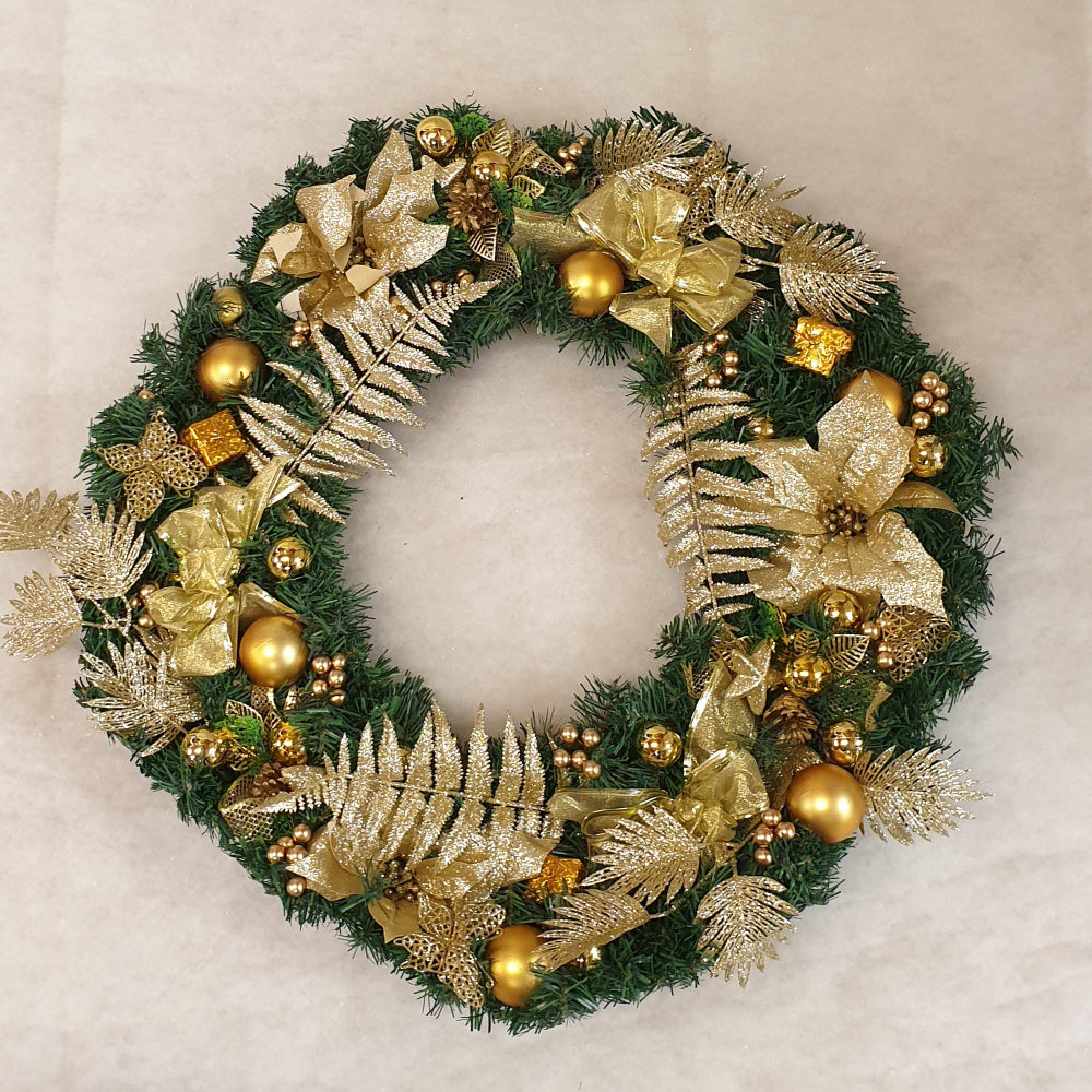 50cm Wreath with Gold decorations