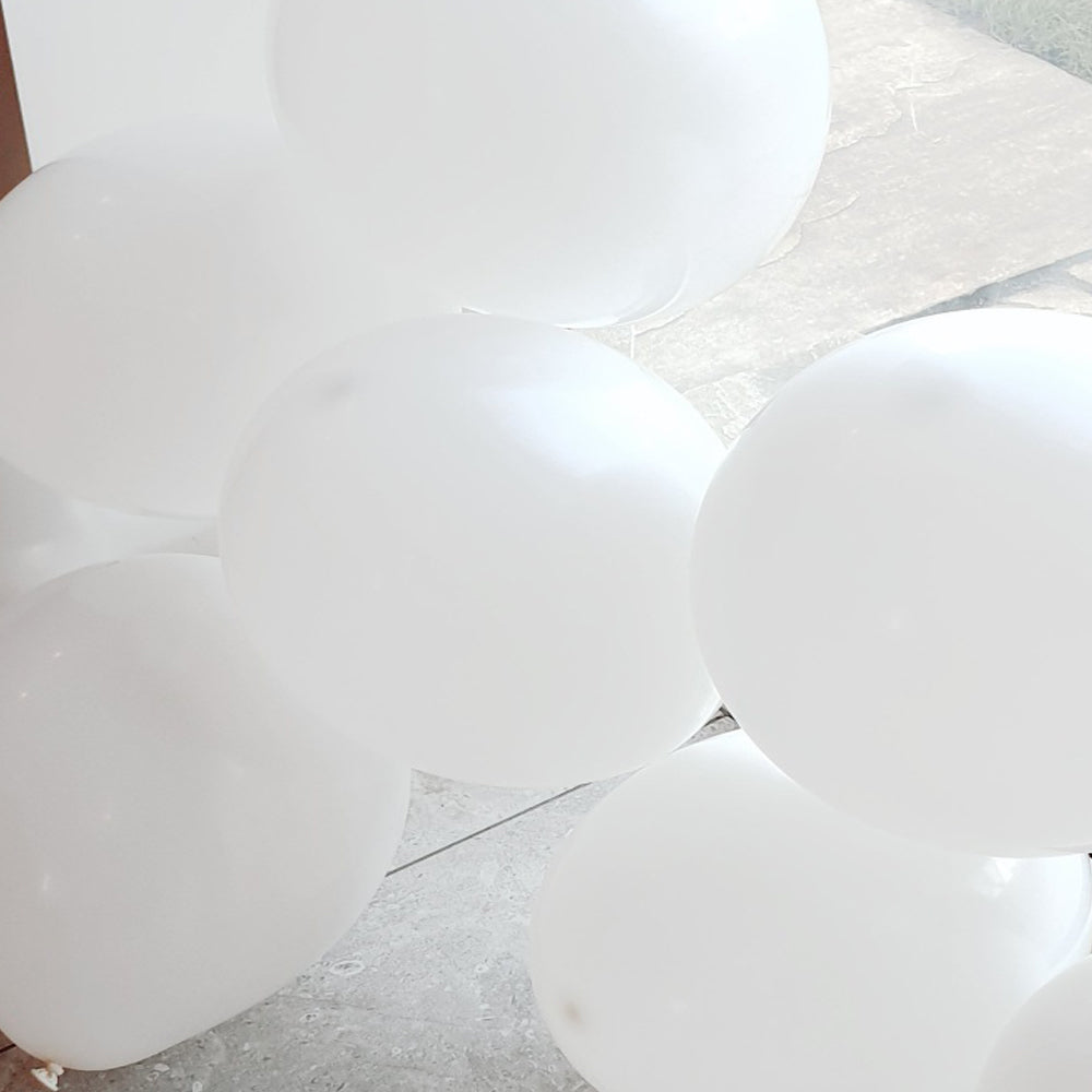 White Balloons - E80 Bag of 50 Eire Pastel Balloons
