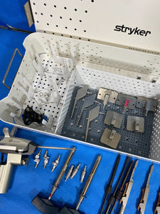 Stryker 7700-700 Nav3 Precision Knee with Trackers, trays and tools. Complete.