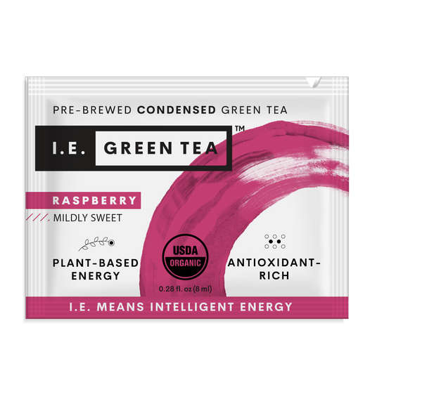 Caffeinated raspberry instant green tea packets