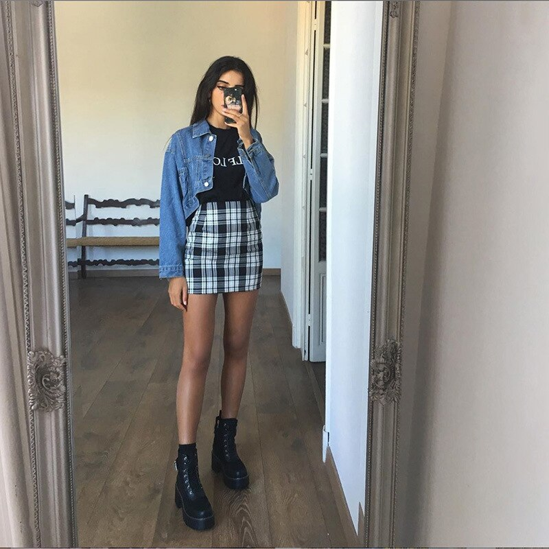 Vintage Black Plaid Skirt
