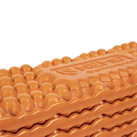 Nemo Switchback accordian closing closed cell foam pad closeup 2