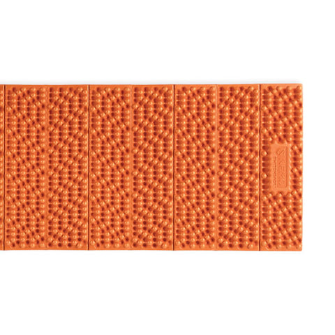 Nemo Switchback accordian closing closed cell foam pad horizontal view