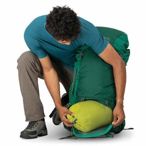 Osprey Rook 60 Litre Men's Hiking Backpack Mallard Green sleeping bag compartment