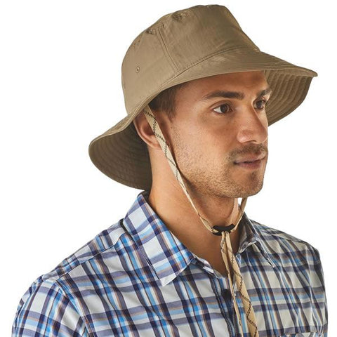 Patagonia Men's Mickledore Bucket Hat in use front view