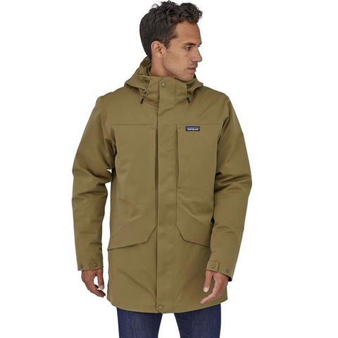 Patagonia Men's Tres 3 in 1 Down Parka in use front view