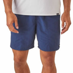Patagonia Men's Baggies Longs 7 inch in use front view