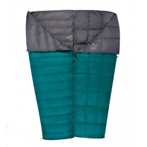 Sea to Summit Traveller TRII 750 Loft Down Sleeping Bag zipped together
