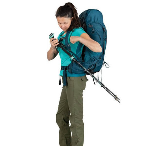 Osprey Kyte Womens 36 litre daypack thru hike backpack stow on the go trekking pole attachments