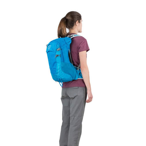 Osprey Sirrus 24 Litre Women's Ventilated Daypack in use rear view