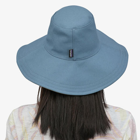 Patagonia Women's Cotton Canvas Stand Up Sun Hat in use rear view