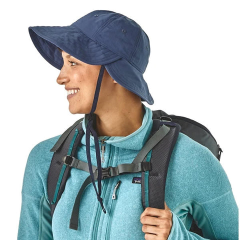 Patagonia Womens Hike Hat in use pigeon blue
