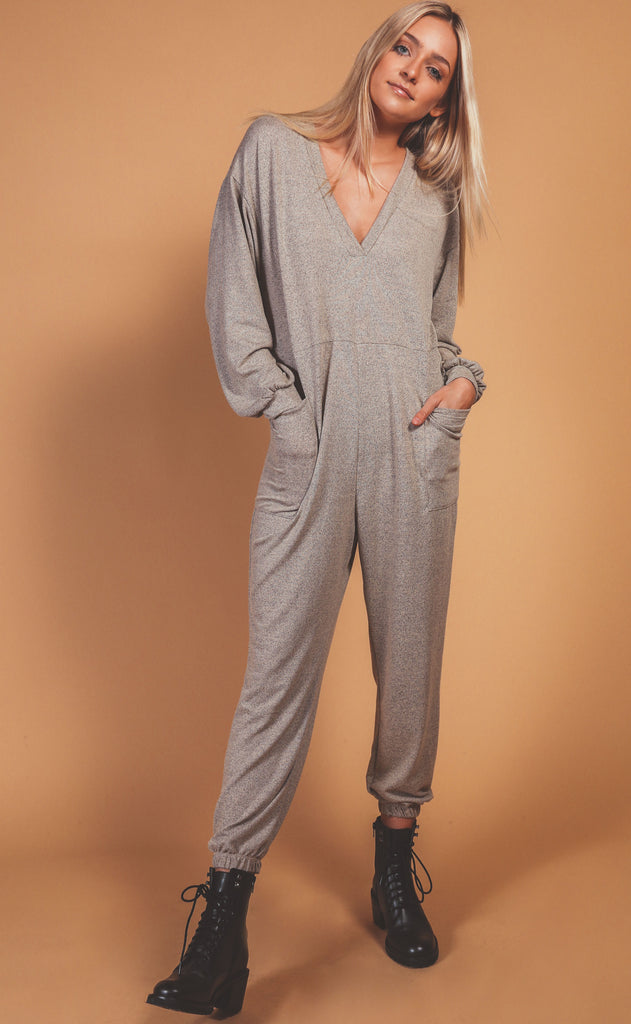 lounge time jumpsuit - stone
