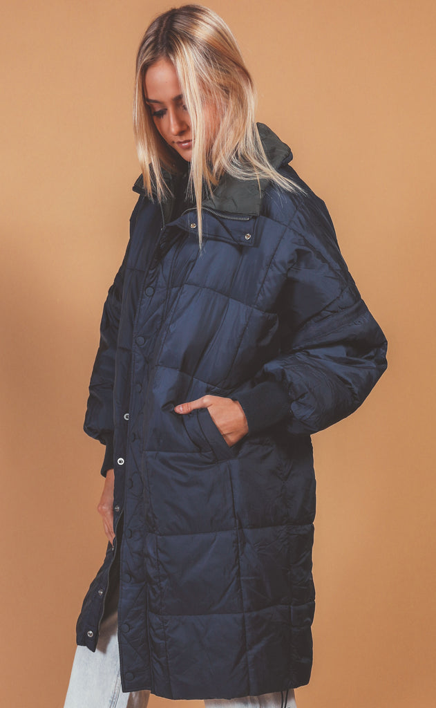 free people movement: juno packable reversible puffer - navy/olive