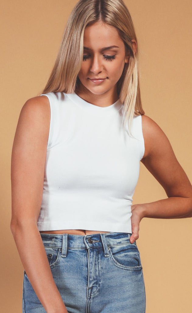muscle tank crop - white