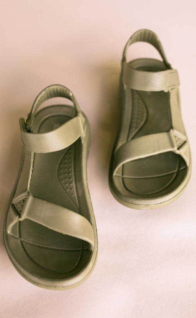 on the go sandals - olive