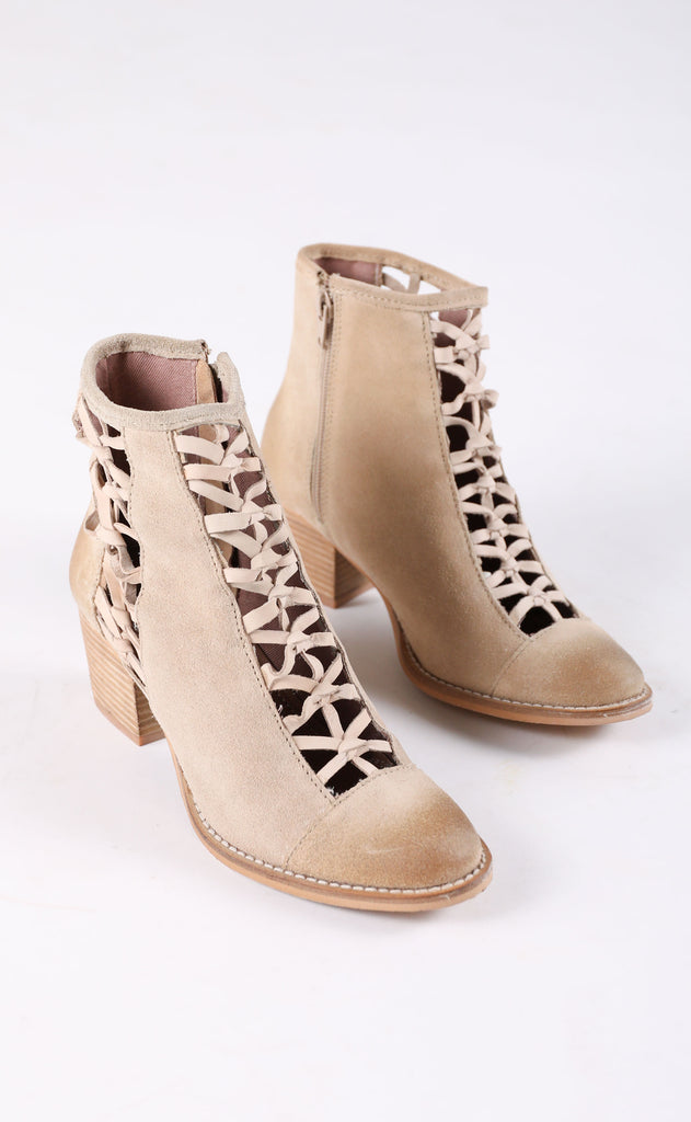rebels: gelsey bootie