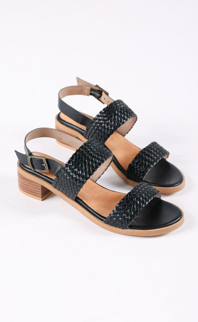 seychelles: bring it back sandal - black