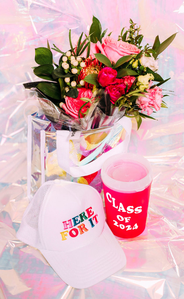 class of 2024 gift set + pigmint bouquet (NATIONWIDE DELIVERY)