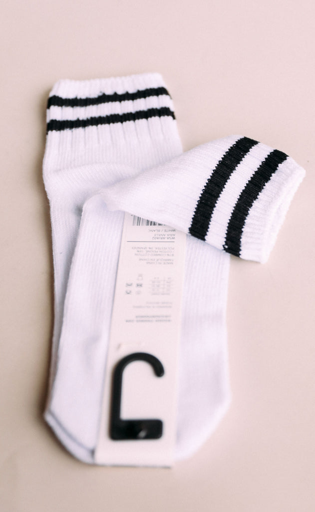 richer poorer: aria sock - white/black