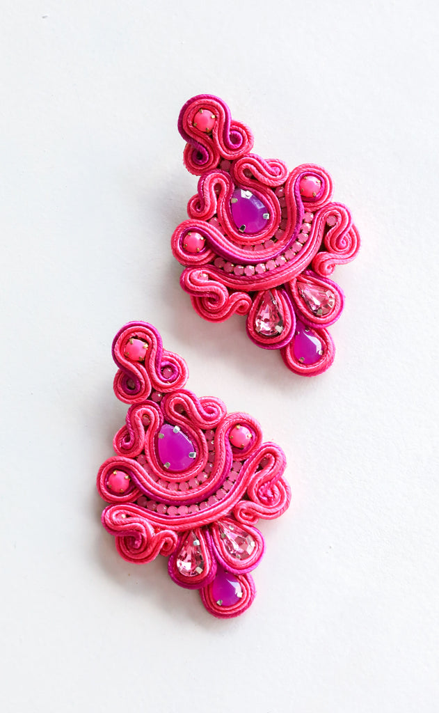 frida earrings - pink
