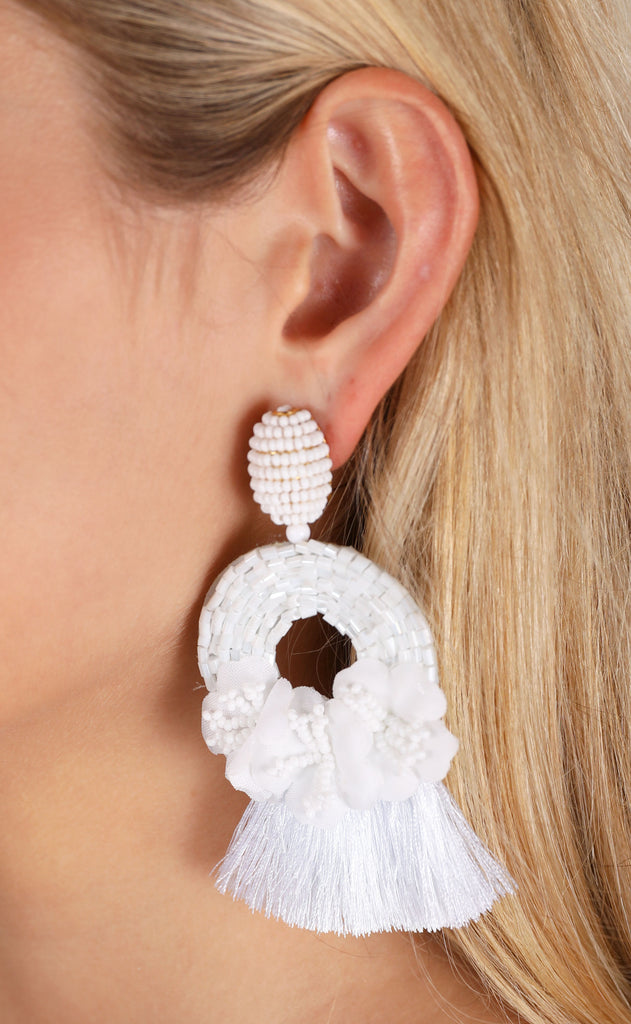 rita earrings - white