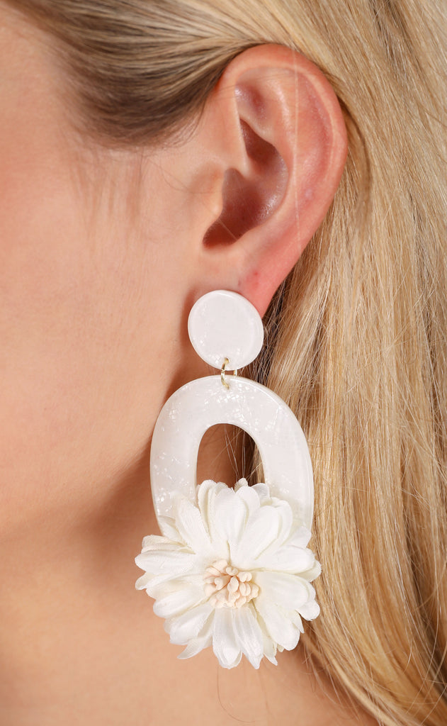jasmine earrings - white