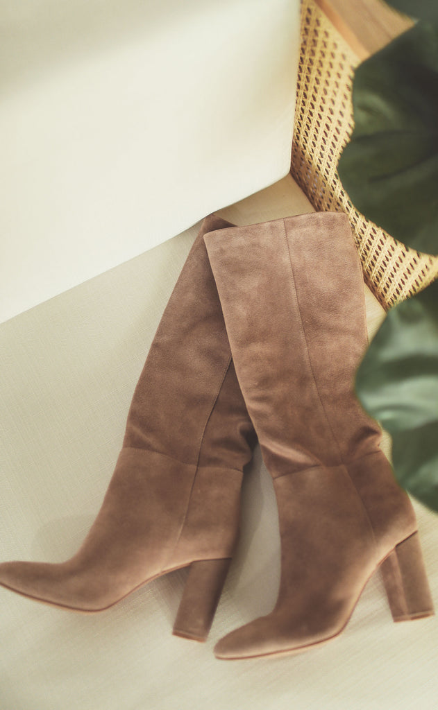chinese laundry: krafty boot - mars taupe