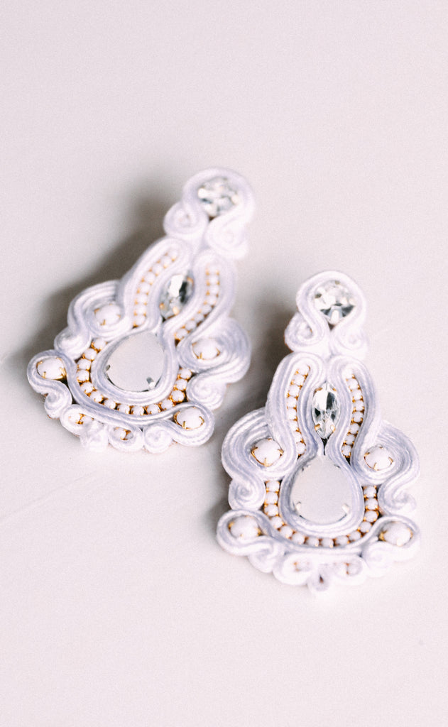 jane earrings - white