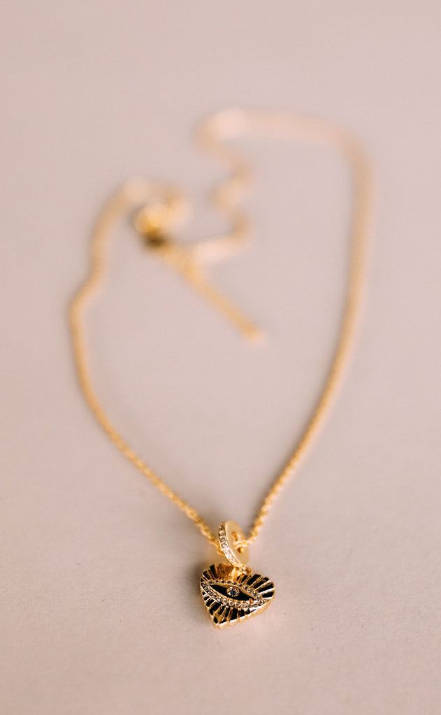 bracha: kendra heart necklace