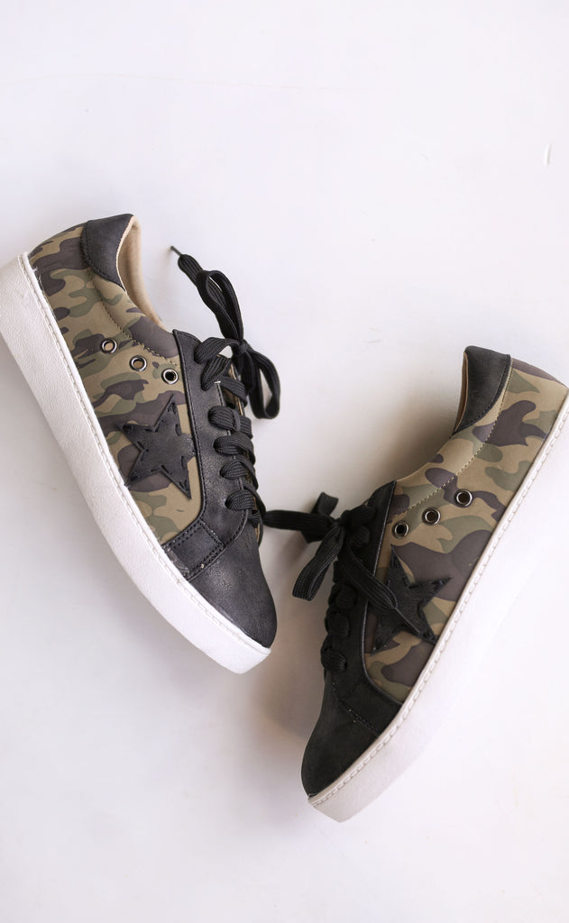 star player printed sneaker - camo
