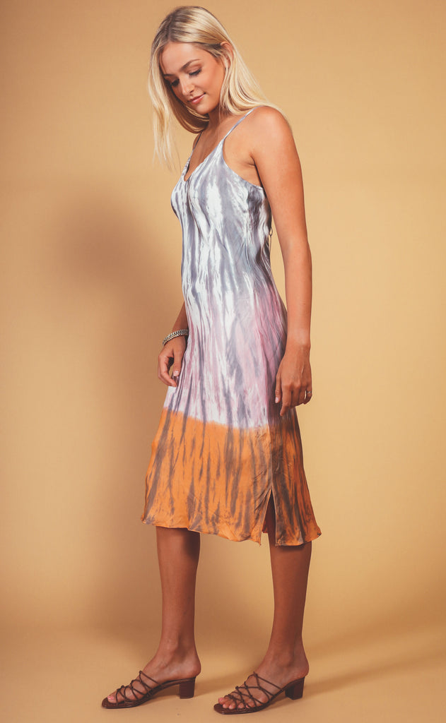 on the horizon midi dress