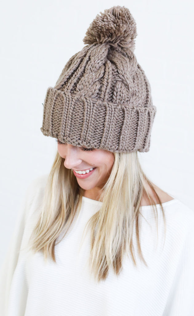 cable knit beanie - taupe