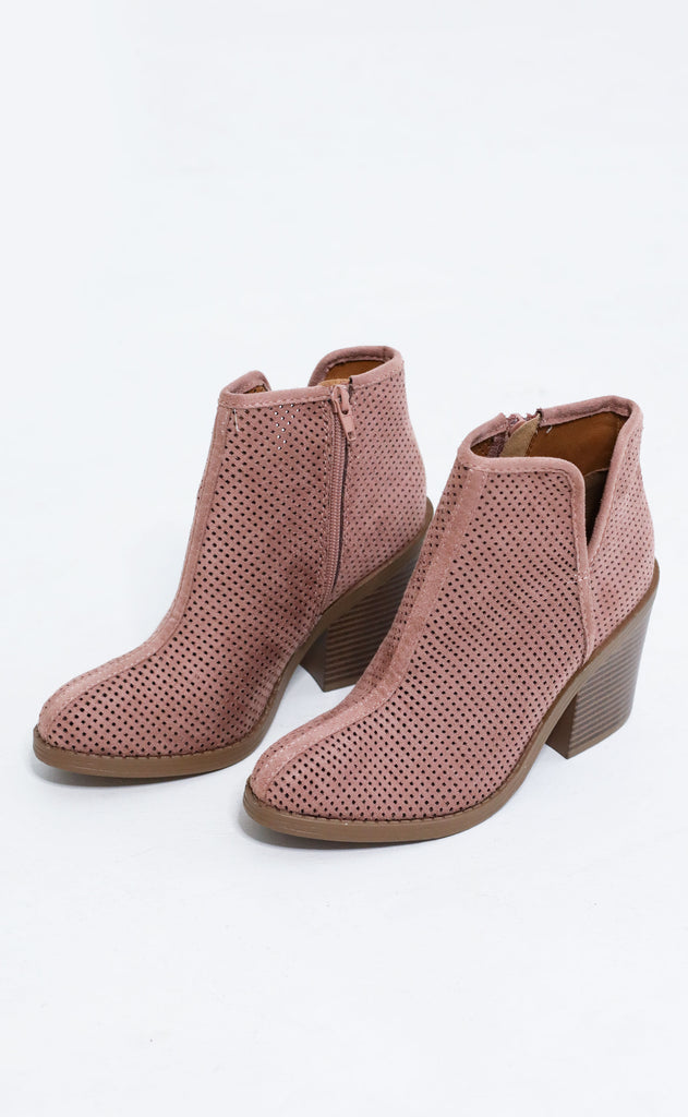 boot scoot perforated bootie - blush