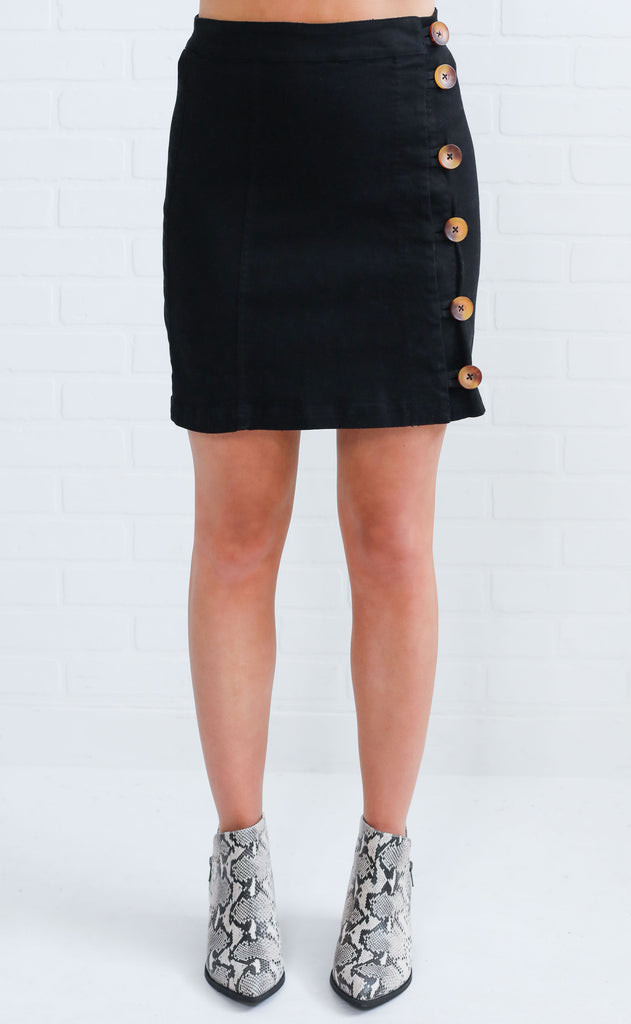 show me button up skirt - black