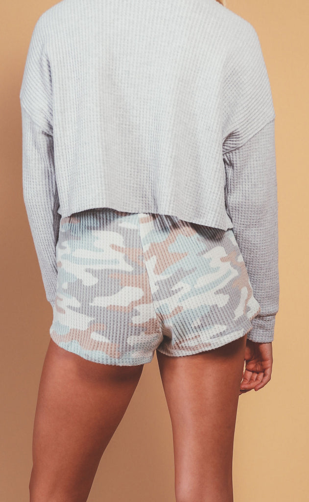 z supply: nikki camo short - camo sage mist