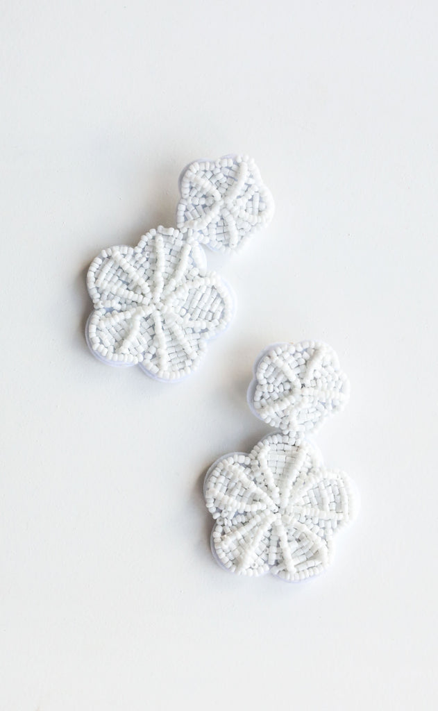 margarita earrings - white