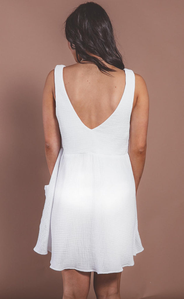 show me your mumu: weekend mini dress - white