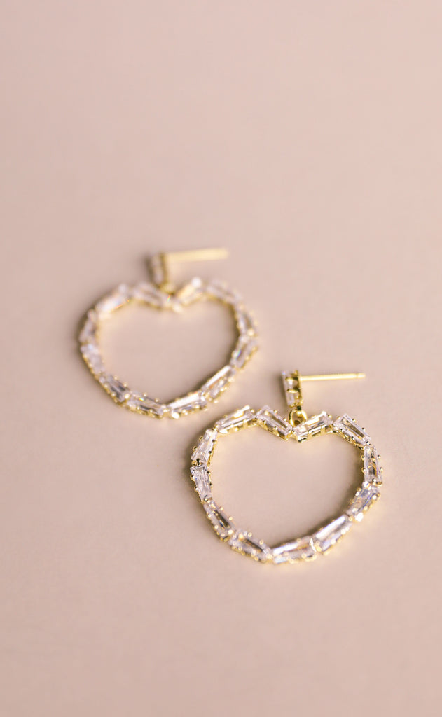 treasure jewels: crystal heart earrings